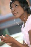 för kvinnligmp för afrikansk amerikan 3 spelare Royaltyfria Foton