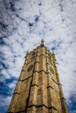 För kyrkaklocka för St Ias torn Arkivfoton
