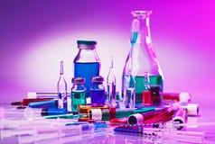 för laboratoriumlivstid för utrustning glass läkarundersökning fortfarande Royaltyfria Bilder