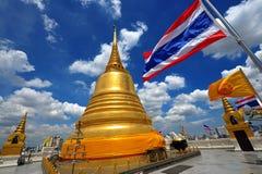 för landmarkmontering för b guld- thailand för sraket wat Fotografering för Bildbyråer