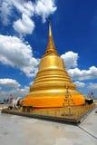 för landmarkmontering för b guld- thailand för sraket wat Arkivbild