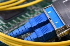 För lappkablar för fiber optiskt nätverk för internet Royaltyfria Bilder