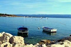 för liggandesegelbåtar för bild 3d solnedgång för sky för hav Royaltyfria Bilder