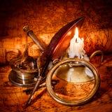 för livstid tappning fortfarande Tappningobjekt på forntida översikt royaltyfri bild