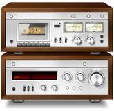 För ljudsignalöverenskommelse för parallell musik stereo- däck för kassett med förstärkare v Fotografering för Bildbyråer