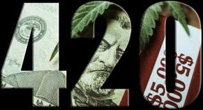 För Logo With Money Inside With för marijuana 420 bakgrund svart Arkivfoton