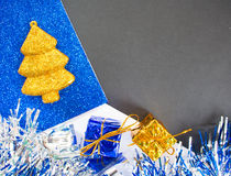 För makrofoto för jul eller för nytt år bakgrund Svart papper med den textstället och ramen arkivfoton