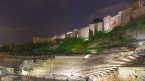 För malaga för natt ljus schackningsperiod för tid för ruines 4k för coliseum för slott stad Spanien arkivfilmer