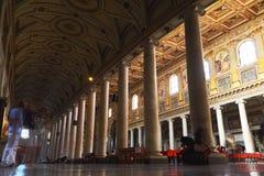 för mary för basilica viktiga turister påvliga saint arkivbild