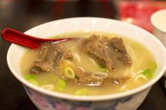 för matnudlar för nötkött kinesisk restaurang Royaltyfria Bilder