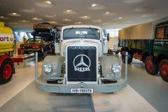 För Mercedes-Benz Lo 6500 för tung lastbil lastbil plattform, 1938 Arkivbild