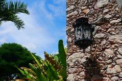 För Merida Churbunacolonial för mexikan kyrklig historia arkitektur arkivfoto