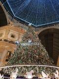 För milano för di för Galleriavittorioemanuele duomo tid för vinter för träd jul arkivfoto
