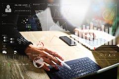 För minnestavlaskeppsdocka för Website märkes- funktionsdugligt digitalt tangentbord och comput arkivbilder