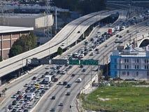för motorvägdriftstopp för 101 eftermiddag trafik för la Arkivfoto