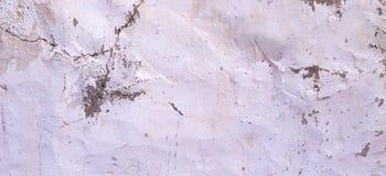 För murbrukvägg för gammal sprucken rought vit bakgrund för baner för textur Royaltyfri Fotografi