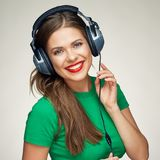 för musikkvinna för lycklig hörlurar lyssnande barn Royaltyfri Fotografi