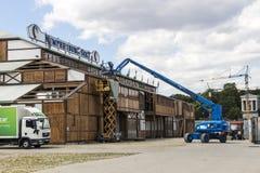 För mycket av de Oktoberfest tälten på Theresienwiese i Munich, 20 Arkivfoto