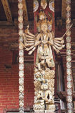 för nepal för konstnärlig changu narayan tempel för stötta tak Royaltyfri Bild
