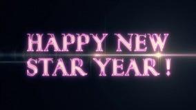 För NEW STAR för purpurfärgat rosa färglaser-neon LYCKLIG text ÅR med skinande ljus optisk signalljusanimering på ny svart bakgru stock video