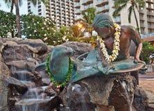 för oahu för makua för hawaii ökila waikiki staty Fotografering för Bildbyråer
