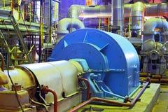 för oljeförädling för utrustning industriell nyast zon Industriell transportörlinje som transporterar packen, ayutthaya, Thailand Royaltyfria Foton