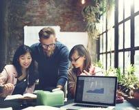 För Palnning för statistik för rapport för affärsdiagram begrepp analys arkivfoto