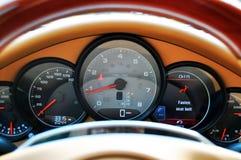 för panelspeedometer för bil lyxiga sportar Royaltyfria Foton
