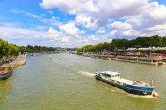 för paris för bro modern seine flod Arkivfoto