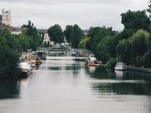 för paris för bro modern seine flod Royaltyfria Foton