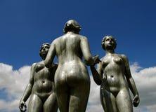 för paris för grupp nakna kvinnor staty Royaltyfri Fotografi