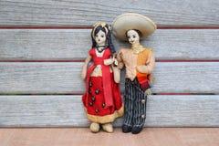 För partorkduk för tappning mexicanska dockor Arkivbild