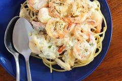för pastaräka för fetuccini italienska räkor Royaltyfri Bild