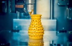 för printingobjekt för skrivare 3d closeup för form för guling Royaltyfria Bilder
