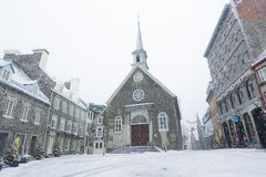 för quebec för ställe för landmark Kanada för kyrklig stad berömd vinter royale Ställe Royale Arkivbild