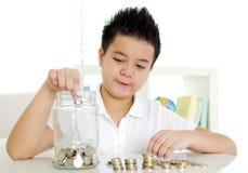 för räknemaskinbegrepp för sedlar svart sparande för pengar Royaltyfria Bilder