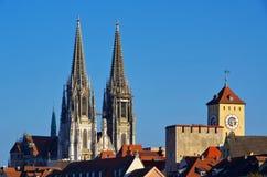 för regensburg för bavariadomkyrkagermany arv gammal en värld för town för stadtamhof lokal Arkivfoto