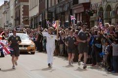 för relayfackla för 2012 flamma olympic warwick Fotografering för Bildbyråer