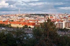 för republiktown för cesky tjeckisk krumlov medeltida gammal sikt Panoramautsikter härlig prague för afton för certovkastadsområd Arkivbilder