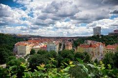 för republiktown för cesky tjeckisk krumlov medeltida gammal sikt Sikt från Visegrad på de Prague husen 18 Juni 2016 Royaltyfri Bild