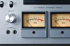 För rullbandspelardäck för parallell stereo öppen meter för VU för registreringsapparat Royaltyfria Foton