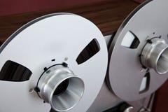 För rullbandspelardäck för parallell stereo öppen rulle för registreringsapparat Arkivbilder