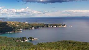 För ryss östlig halvö långt - för Gamow Sikt av havet av Japa Arkivfoto