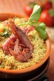 för salladinställning för couscous ljus naturlig utomhus- tabell Royaltyfria Bilder