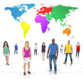För samhällekamratskap för globala kommunikationer begrepp för folk Arkivfoto
