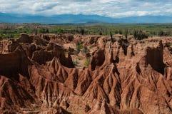 För sandstenen för överblicken torkar rött bildande av varmt royaltyfri bild