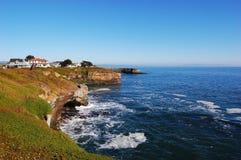 för santa för Kalifornien cruz stenig kust hav arkivfoton