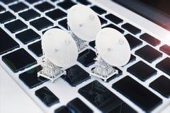 för satellitvektor för maträtt illustration isolerad white Royaltyfri Bild