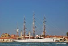 för seglingship för liggande 3d solnedgång Royaltyfri Foto
