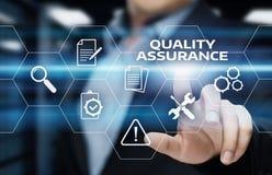 För servicegaranti för kvalitets- försäkring begrepp för teknologi för affär för internet standart Royaltyfri Bild
